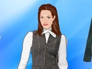 Dress up Angelina Jolie for the party game