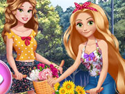 Game Princesses Bike Trip Dress Up Game