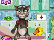 Talking cat Tom at the doctor game
